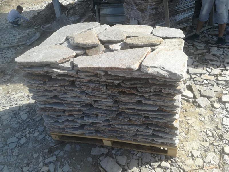 антика камък тъмно сив